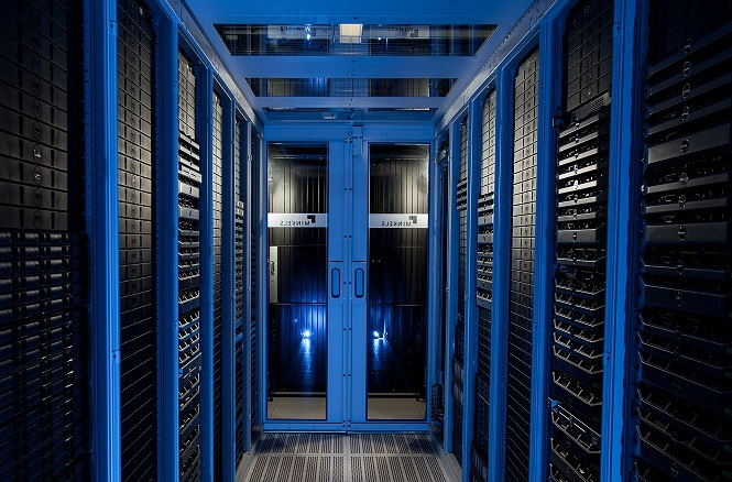 Combell manages your cloud in the best circumstances in the Interxion data centre in Zaventem