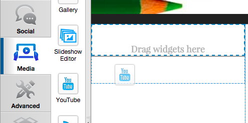 Drag and drop the YouTube widget