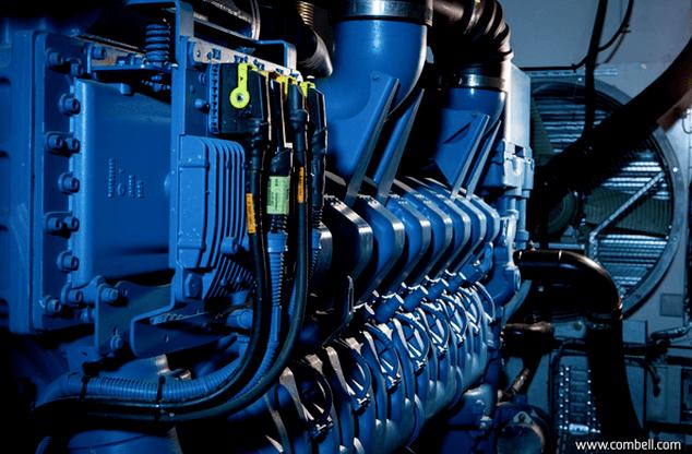 Scheepsmotoren als energie back-up in het Combell Datacenter