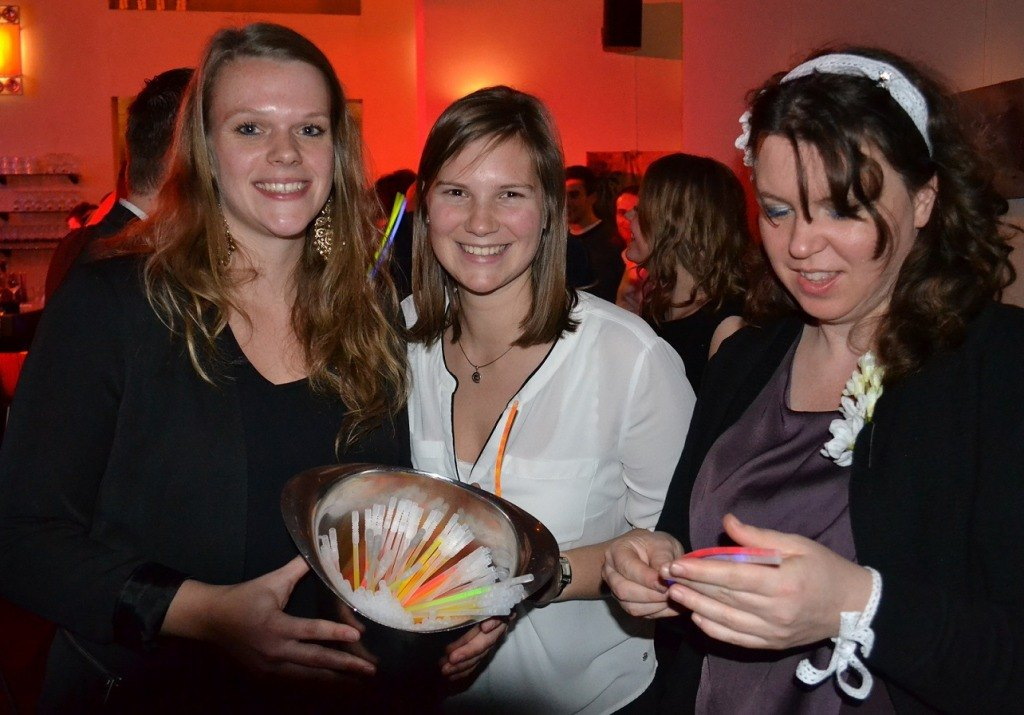 Combell new year party glow in the dark bandjes