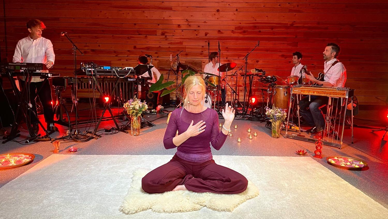 Spot on Jazz yoga sessies